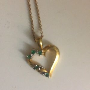 Jewelry - Emerald gold heart necklace heart💚